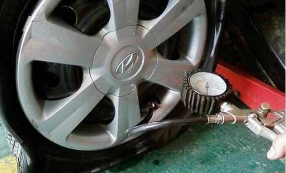 聊聊到底如何分辨轮胎充氮机的质量