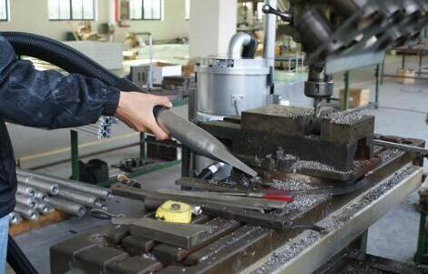 怎么样对工业级吸尘器的厂家进行挑选?